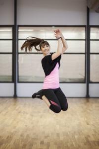 Gym_tjej som hoppar